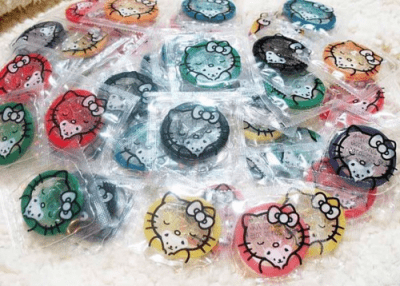 AGWDM hello kitty flavored condoms